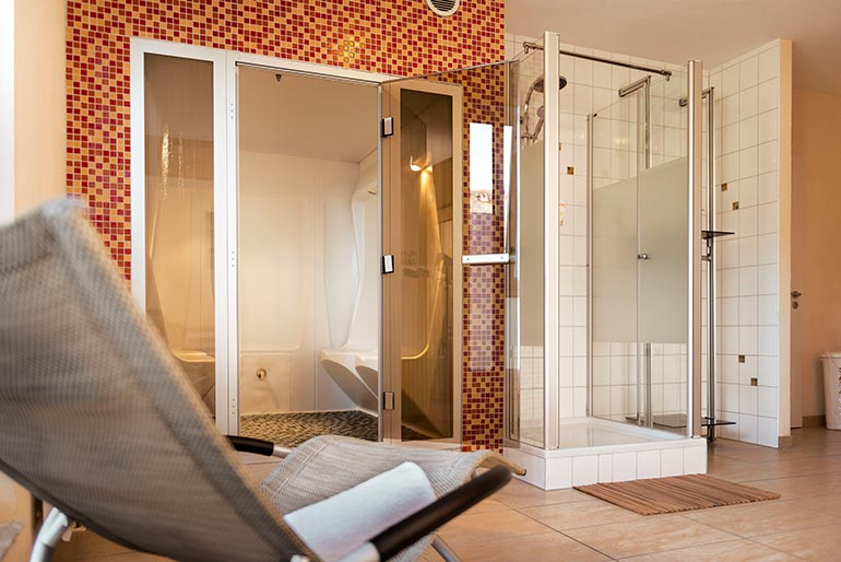 Hotel-Aviva-Karlsruhe-Dampfbad